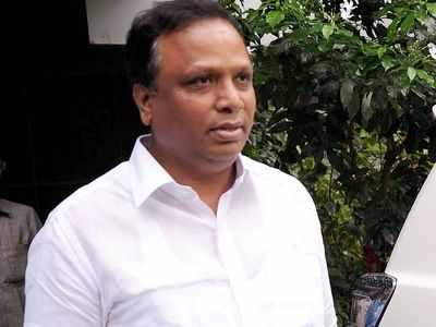 BJP's Ashish Shelar requests CM Uddhav Thackeray to ban Congress Seva Dal booklet on Savarkar