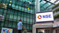 Bull run continues: Sensex tops 6,100, Nifty crosses 18K