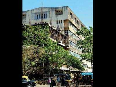 Charity hospital treated only 3 poor patients, probe into slum dwellers' complaints