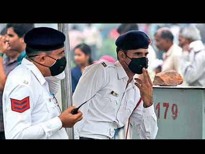 Delhi air quality 'very poor' again