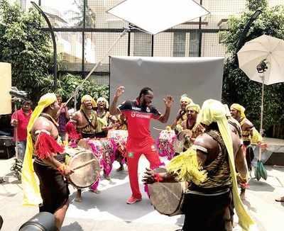 Royal Challengers Bangalore's big guns are batting for Karnataka's tourist destinations