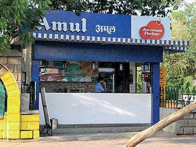 Man robs Amul parlour to pay off creditors