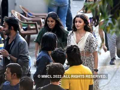 FWICE: Bollywood film shoots unlikely to resume soon