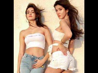 Lights, camera, pose time for Ananya Panday and Shanaya Kapoor
