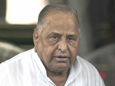Samajwadi party leader Mulayam Singh Yadav hospitalised again in Lucknow