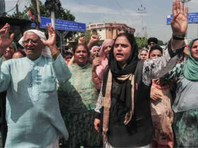 Sikh girl forced conversion: Pakistan's Punjab govt forms panel to negotiate with angry Sikhs