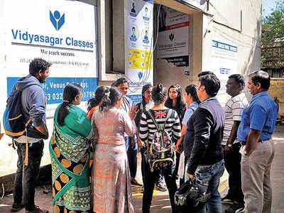 Students of Vidyasagar Classes stuck in a limbo