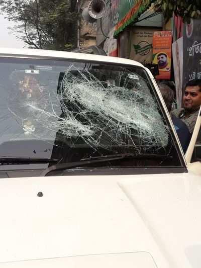Kolkata: BJP, TMC workers clash during bike rally; BJP leaders injured