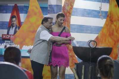 Bigg Boss 12 Day 4 Highlights   Captian   Salman Khan   Sreesanth   September 20