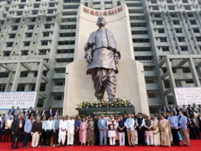 Ahmedabad: CM Vijay Rupani unveils 50-foot tall statue of Sardar Vallabhbhai Patel