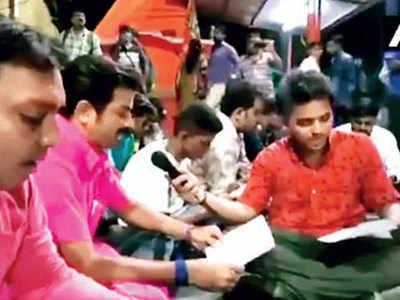To oppose namaz, BJP workers recite Hanuman Chalisa in WB