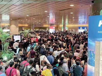 Chaos at Mumbai airport due to festive season rush