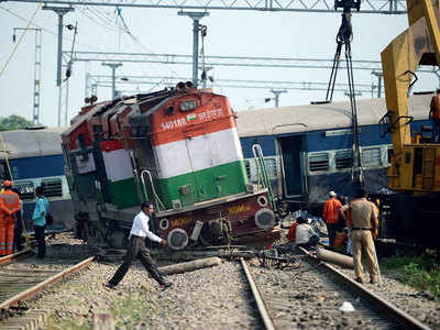 Five killed as express train derails near Rae Bareli