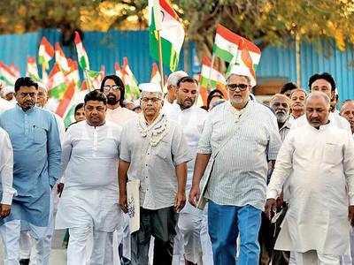 Bapu's great grandson sets off on 'Dandi March'