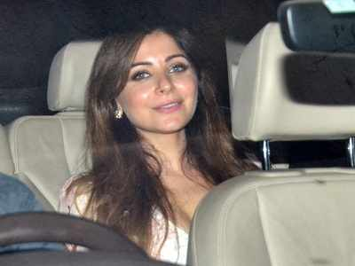 Kanika Kapoor finally tests negative for COVID-19