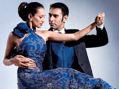 Sandip Soparrkar is giving online dance lessons now