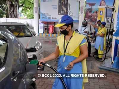 Diesel burns hole in pocket, surpasses petrol in Delhi