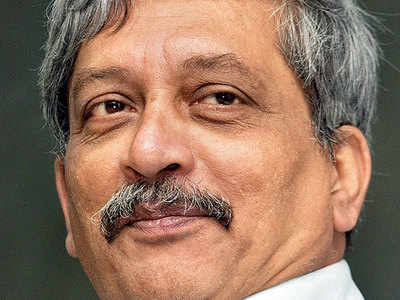 Should Manohar Parrikar hand over the Goa's CM's responsibility to someone else as he is not well?