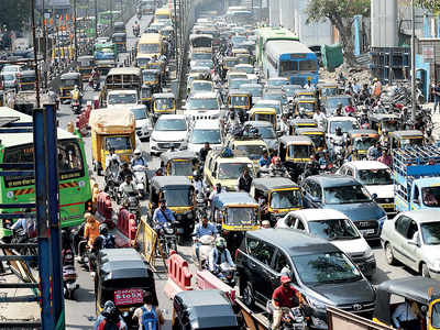 PMC to widen 323 roads by 3 metres