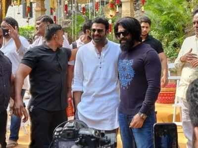 Prabhas, Yash look happy in viral picture from Saalar launch