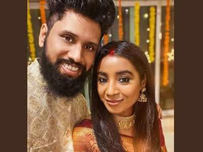 Shilpa Rao gets married to Ritesh Krishnan; shares selfie with husband