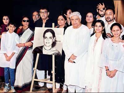 Aamir Khan, Tabu, Anil Kapoor and others join Javed Akhtar, Shabana Azmi, Baba and Tanvi Azmi to 'celebrate' Shaukat Kaifi's life