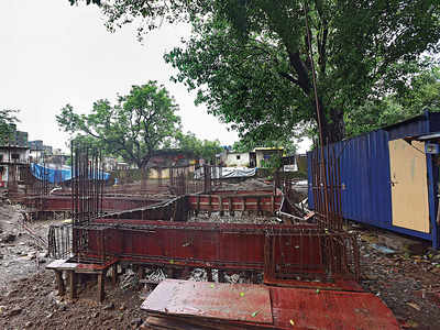 No sign of new BMC school building, parents of displaced Ayodhyanagar School students refuse to send kids 1.5 km away in Chembur