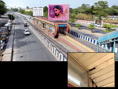 Hoardings tear BRTS shelters, PMC sends a notice to PMPML