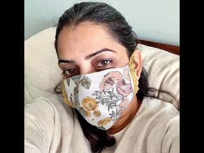 Designer Anavila Misra makes mask at home, plans to gift to customers post lockdown