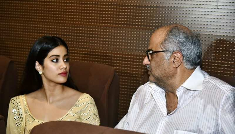 Boney kapoor, Janhvi kapoor , Khushi kapoor pay homage to Sridevi on her Birth Anniversary