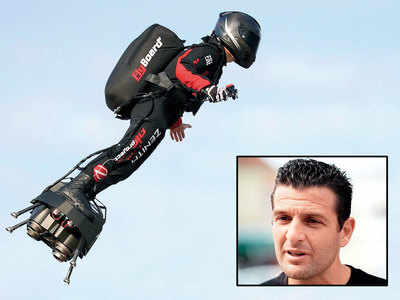 Frenchman crosses English Channel on flyboard