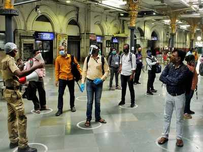 Central Railway to take strict action against those violating social distancing norms
