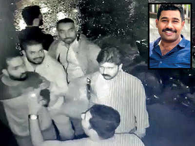 Constable beats up lounge manager for not serving alcohol