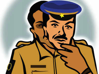 Fake cops flee with bizman's Rs 2 lakh