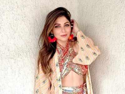 Singer Kanika Kapoor tests positive for coronavirus for the third time