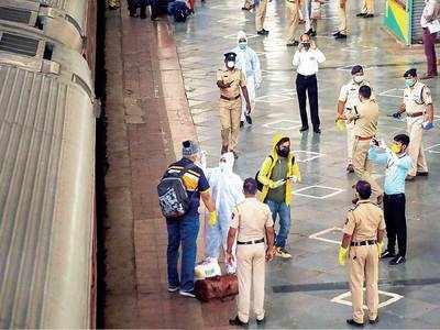 First special train from Delhi reaches Mumbai