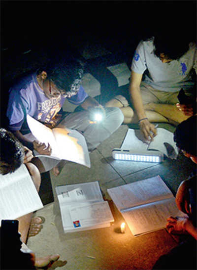 Bangalore University fails its students, but zeroes in on the scapegoat: Bescom