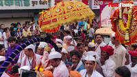 Kasaba Ganpati immersion procession on Laxmi road
