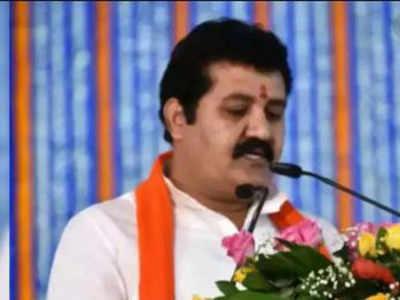 Pooja Chavan death case: Shiv Sena minister Sanjay Rathod resigns