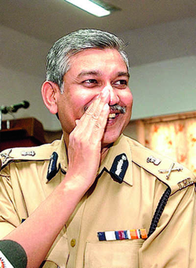 Ex-DGP's pistol found in another IPS officer's home