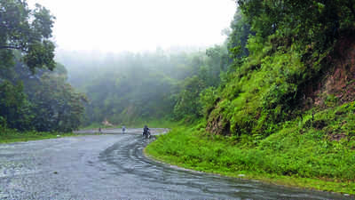 Karnataka: Shiradi Ghat open for 'light' vehicles