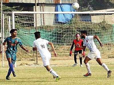 Parul University to face Gujarat College in final