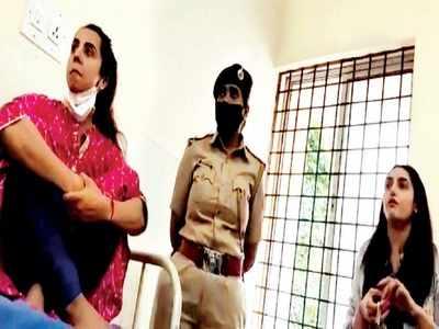 Sanjjanaa, Ragini, other 4 accused to stay in custody till Monday