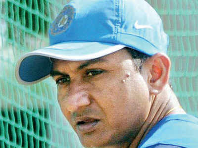 Sanjay Bangar quizzed for 90 minutes, R Sridhar for 50