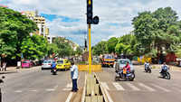 Pune: Traffic signals lying defunct at various places, chaos at major intersections