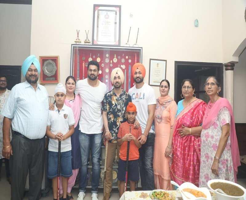 Ahead of Soorma release, Diljit Dosanjh visits Sandeep Singh's hometown, Shahabad