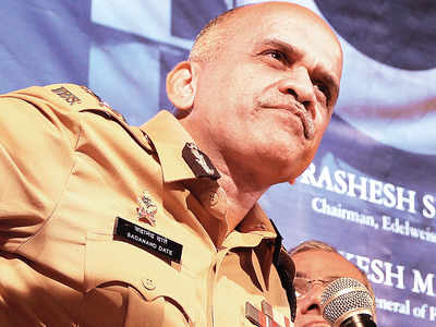 Sadanand Date top contender for Mumbai police commissioner's post