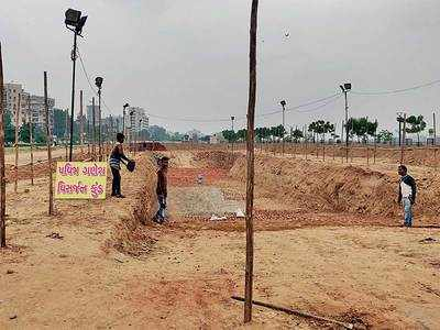 Vigna in Visarjan: Not many artificial ponds