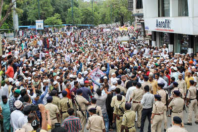 Ruckus after Cong tables bill to stop mob lynchings