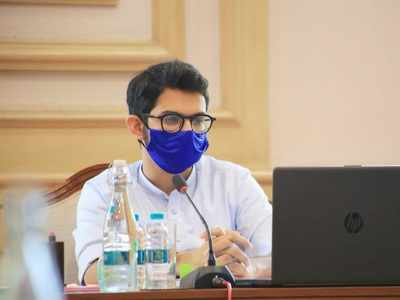 New guidelines soon, says Aaditya Thackeray after discusses crowding at vaccination centres with BMC chief